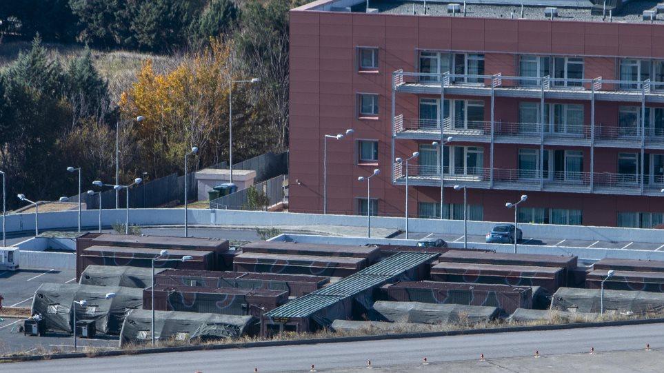 Θεσσαλονίκη : Στήνουν κινητό νοσοκομείο στο 424 Σ.Ν. (ΒΙΝΤΕΟ)