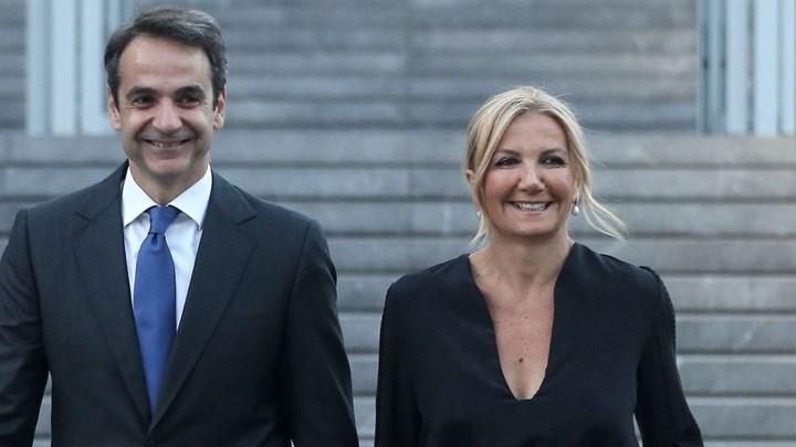 Στις 28 Δεκεμβρίου θα εμβολιαστούν Κυριάκος και Μαρέβα Μητσοτάκη /ΒΙΝΤΕΟ