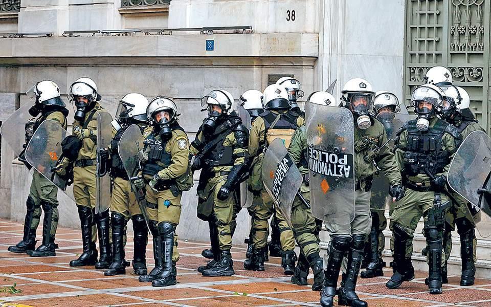 """""""Κλείδωσαν"""" τα μέτρα για την απαγόρευση συναθροίσεων για την επέτειο της δολοφονίας του Αλέξη Γρηγορόπουλου"""