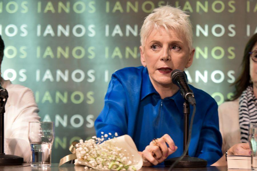"""Η Έλενα Ακρίτα παραιτήθηκε από """"ΤΑ ΝΕΑ"""" μετά τις καταγγελίες για λογοκρισία"""