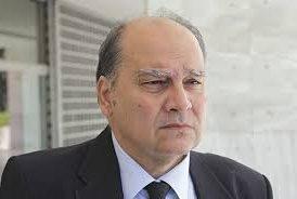 Νικόλαος Διαλυνάς: Δικαστήρια κλεψύδρα και δικηγόροι μαριονέτες