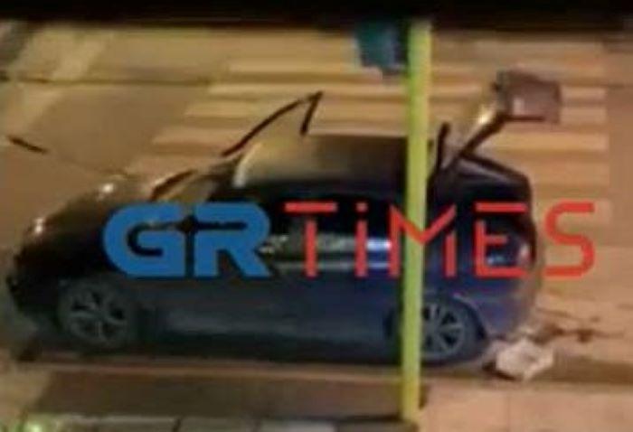 """Ντοκουμέντο:""""Έγδυσαν"""" κοσμηματοπωλείο στη Θεσσαλονίκη σε 66 δευτερόλεπτα με… κουβάδες – ΒΙΝΤΕΟ"""