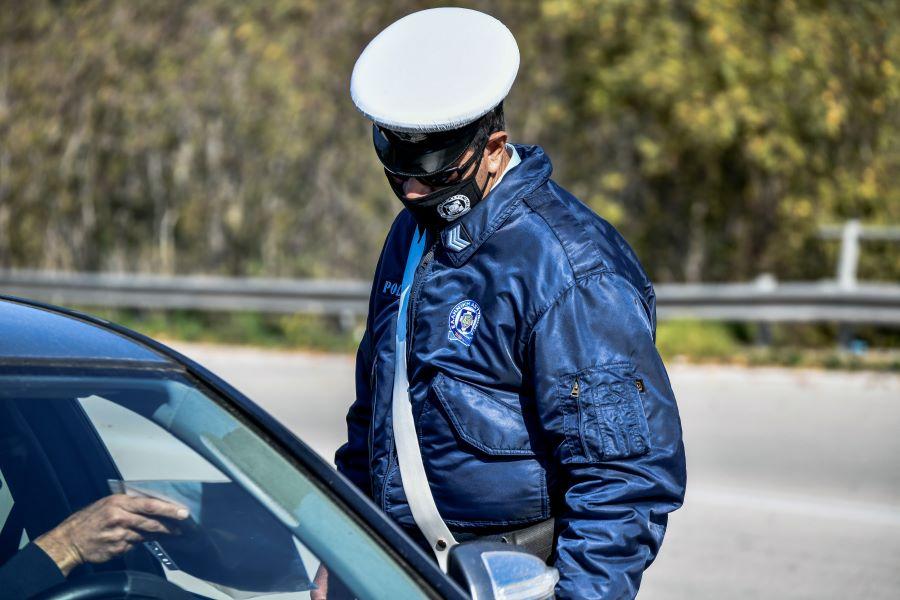 Συνεχίζουν τις  παραβάσεις οι πολίτες … συνεχίζει τα πρόστιμα και τις  συλλήψεις η ΕΛ.ΑΣ για τα μετρα κατά του κορονοϊού