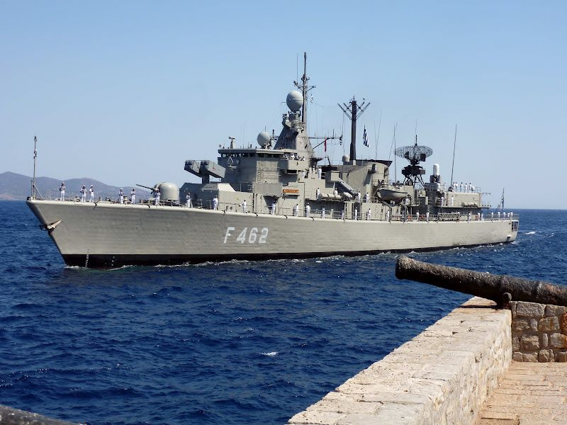 Συναγερμός στο Πολεμικό Ναυτικό: Σε καραντίνα η φρεγάτα Κουντουριώτης μετά τον εντοπισμό 10 κρουσμάτων κορονοϊού – ΒΙΝΤΕΟ