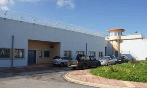 Φυλακές Χανίων: Από σιδερολοστούς μέχρι αυτοσχέδια ηχεία τα ευρήματα έρευνας σε κελιά