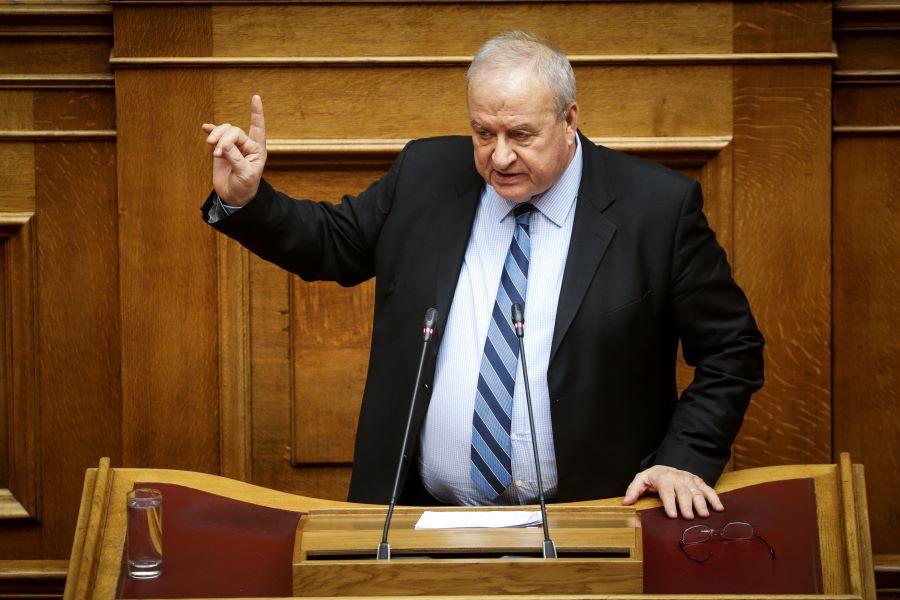 """Στην εντατική του """"Σωτηρία"""" με κορονοϊό νοσηλεύεται ο πρώην υπουργός του ΠΑΣΟΚ Λεωνίδας Γρηγοράκος – ΒΙΝΤΕΟ"""