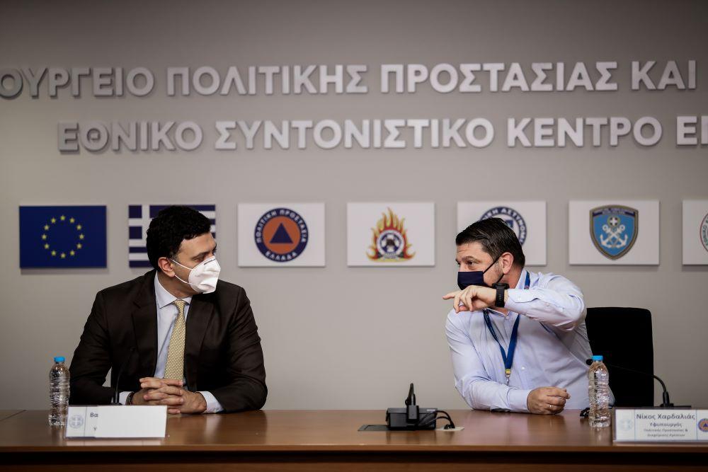 Κικίλιας-Χαρδαλιάς: Είμαστε στα μισά της μάχης με τον κορονοϊό – ΦΩΤΟ
