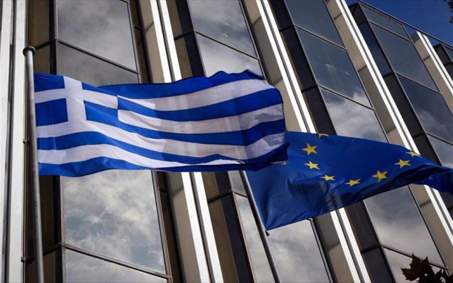 Εκπρόσωπος Κομισιόν: Υποστηρίζουμε κάθε προσπάθεια συνέχισης των επιστροφών από τα ελληνικά νησιά στην Τουρκία