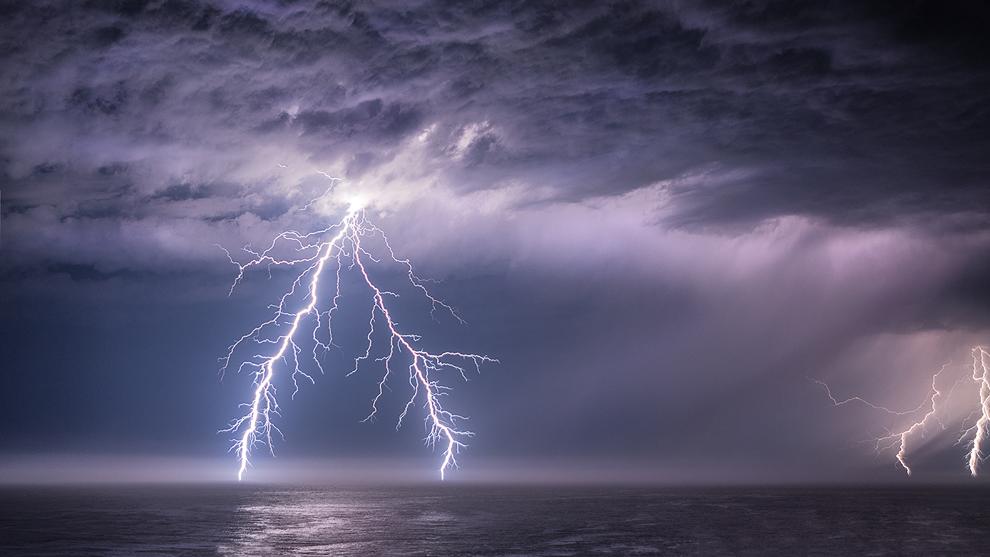 Καιρός: ΠΡΟΣΟΧΗ τις επόμενες ώρες – Καταιγίδες, κεραυνοί και χαλαζοπτώσεις στην Αττική – Έκτακτο δελτίο από την ΕΜΥ – ΒΙΝΤΕΟ