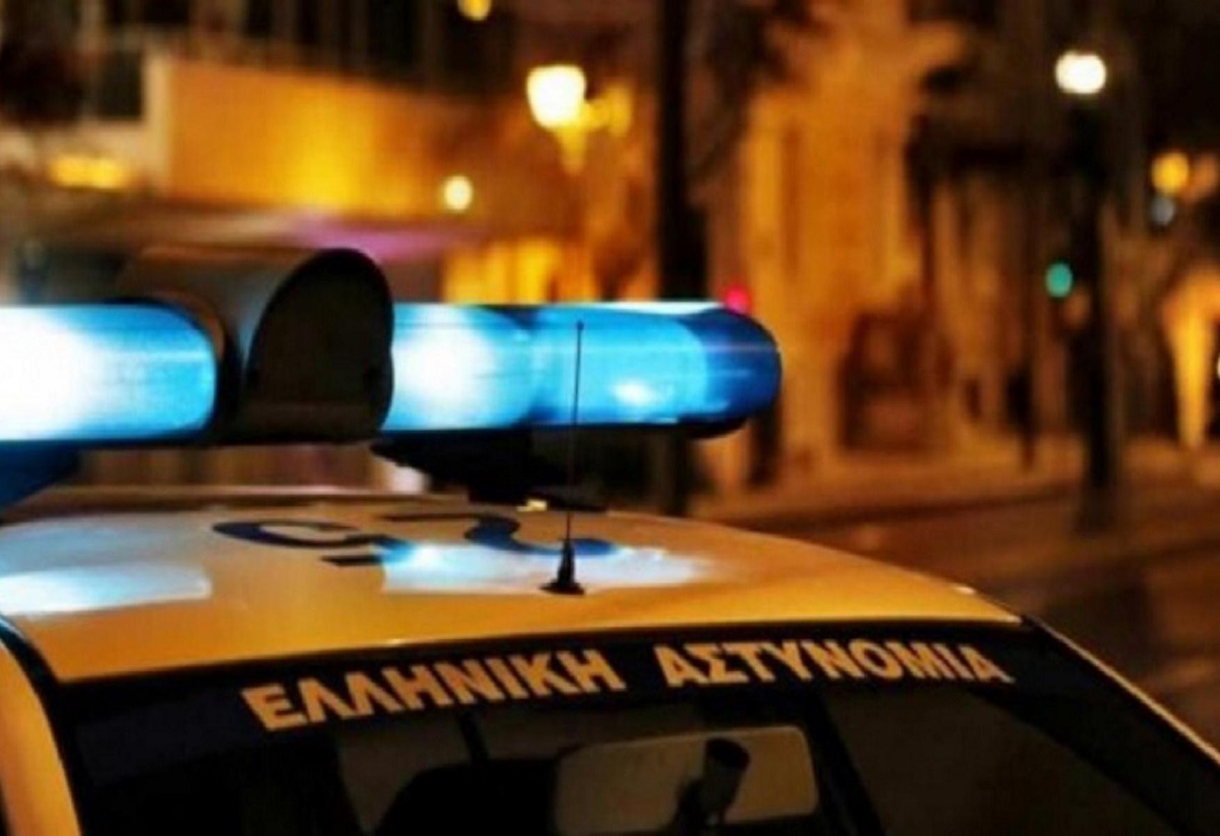 Πλατεία Αττικής: Ξέχασαν όπλο σε ταξί – Πυροβολισμοί και καταδίωξη