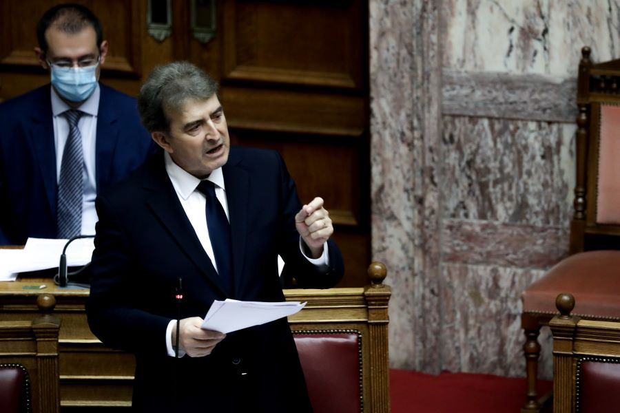 Χρυσοχοΐδης: Η Βουλή δεν είναι καταγγελτήριο της γωνίας και πολύ περισσότερο ανθοπωλείο – Λάθος τόπος, λόγος, εποχή, λάθος όλο κύριοι του ΣΥΡΙΖΑ – ΦΩΤΟ