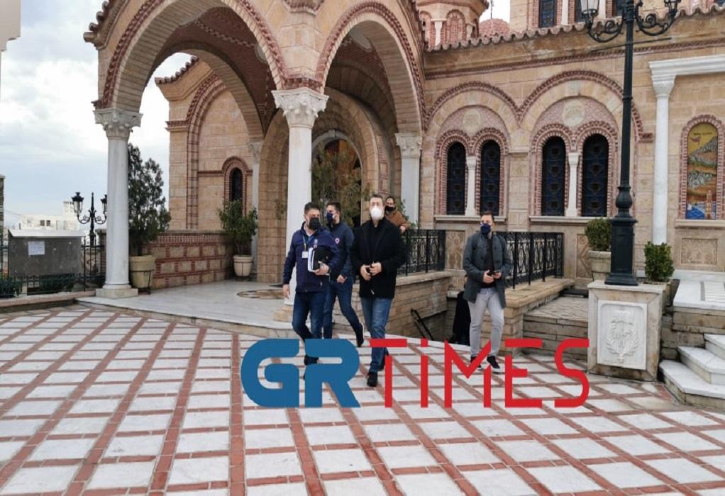 Στην Ιερά Μητρόπολη Νεαπόλεως Θεσσαλονίκης  εντοπίστηκε το πρώτο κρούσμα της νοτιοαφρικανικής μετάλλαξης κορoνοϊού επιβεβαίωσε ο Ν. Χαρδαλιάς – Σαρωτικοί έλεγχοι στην περιοχή /ΒΙΝΤΕΟ