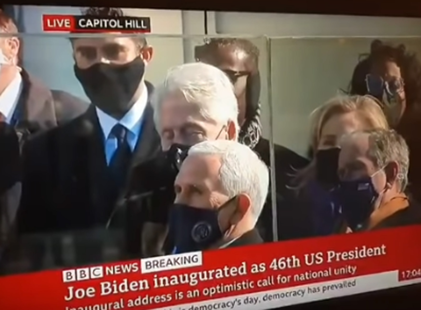 Viral ο Μπιλ Κλίντον – Κοιμήθηκε στην ομιλία του Τζο Μπάιντεν – ΒΙΝΤΕΟ