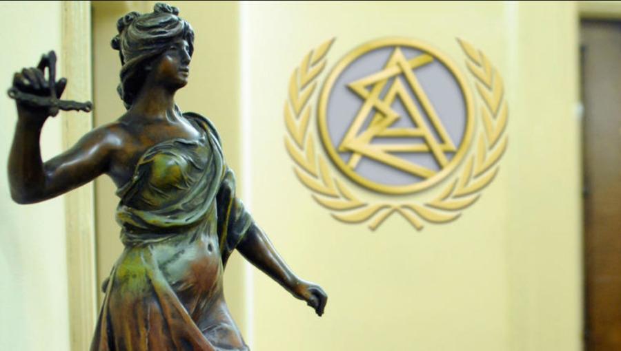 Απαλλάσσονται οι δικηγόροι από την παράνομη εμφάνισή τους ως συνυπόχρεοι σε οφειλές εταιρειών που πτώχευσαν