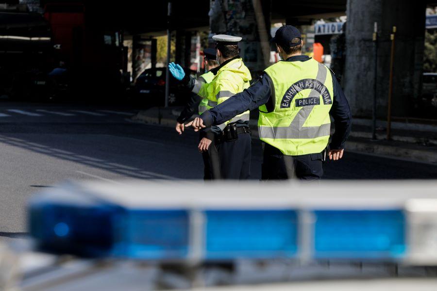 """""""Καταιγίδα"""" προστίμων στους 77.478 ελέγχους της ΕΛΑΣ το τελευταίο 24ωρο για τον κορονοϊό – 11 συλλήψεις"""