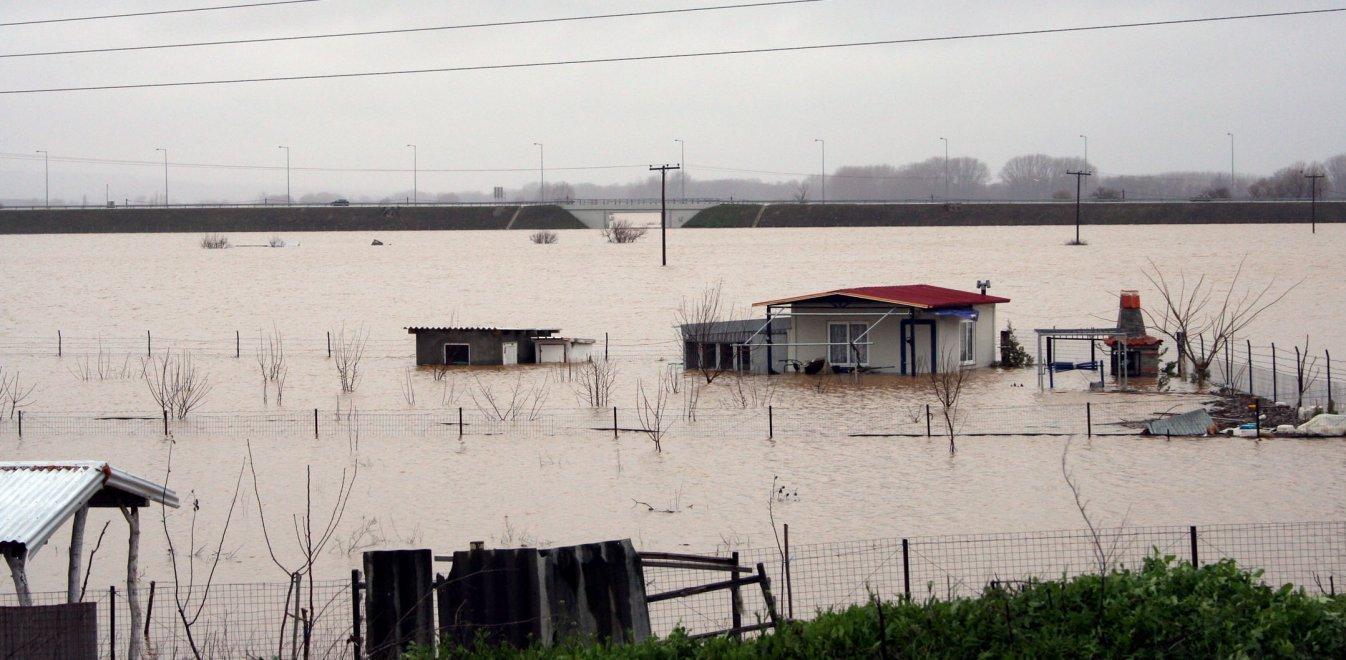 Τεχνητή κατάκλιση στον Έβρο για αποφευχθούν νέες πλημμύρες / ΒΙΝΤΕΟ