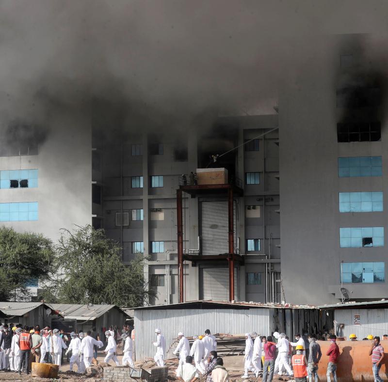 Ινδία: Φωτιά στο μεγαλύτερο εργοστάσιο παραγωγής εμβολίων κορονοϊού – 5 νεκροί /ΒΙΝΤΕΟ
