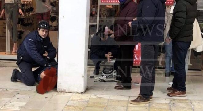 Σοκ στην Κέρκυρα: Επιτέθηκε με γροθιές σε αστυνομικό που του ζήτησε να φορέσει μάσκα – ΦΩΤΟ