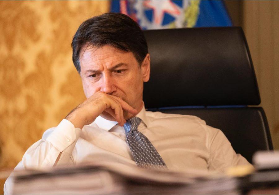 Καταιγιστικές πολιτικές εξελίξεις στην Ιταλία: Παραιτήθηκε ο πρωθυπουργός Τζιουζέπε Κόντε