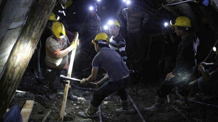 Παγιδευμένοι εργάτες εδώ και μία εβδομάδα σε ορυχείο στην Κίνα: Κατάφεραν να επικοινωνήσουν με SMS