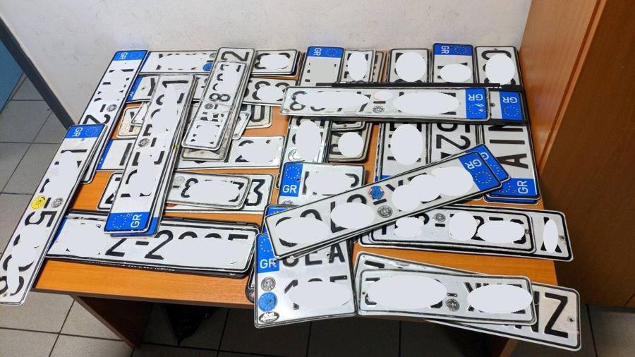 Σας ενδιαφέρει: Προθεσμία έως τις 28 Φεβρουαρίου για κατάθεση πινακίδων ΙΧ – Οδηγίες βήμα βήμα από την ΑΑΔΕ