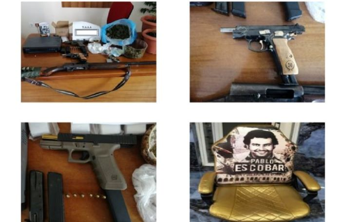 """Ο """"θρόνος του Εσκομπάρ"""", 5 συλλήψεις, κατασχέσεις όπλων και ναρκωτικών ο απολογισμός της μεγάλης επιχείρησης της ΕΛΑΣ στη Δυτική Αττική – ΒΙΝΤΕΟ – ΦΩΤΟ"""