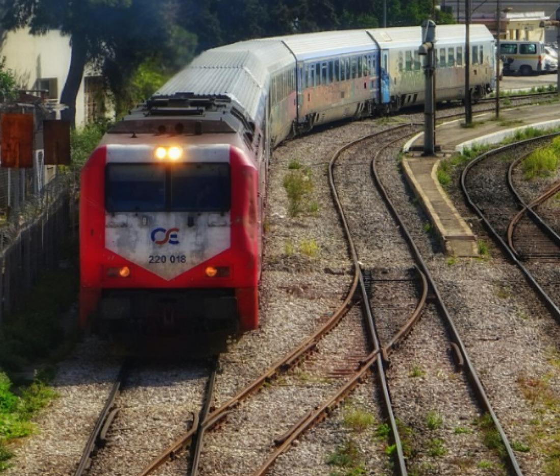 Θεσσαλονίκη: Τρένο παρέσυρε γυναίκα – Χαροπαλεύει στο ΑΧΕΠΑ