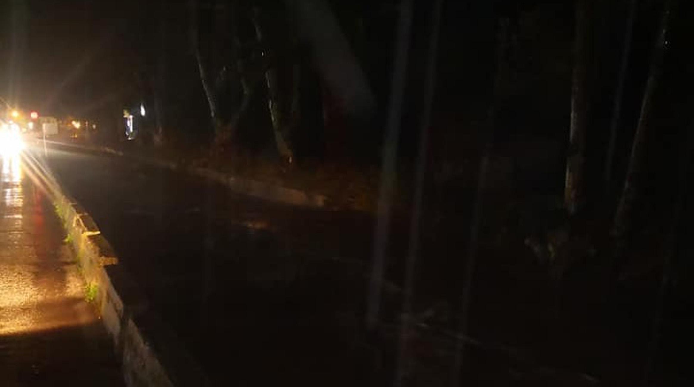 Λέσβος: Δύσκολη νύχτα στην Καλλονή, «έσπασε» ο Τσικνιάς /ΒΙΝΤΕΟ