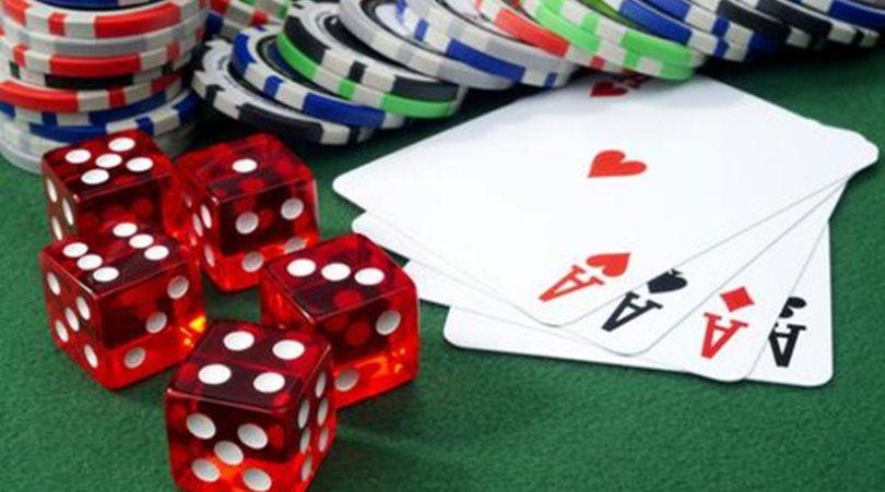 Έστησαν «μίνι καζίνο» στη Βέροια -Συνελήφθησαν 24 άτομα