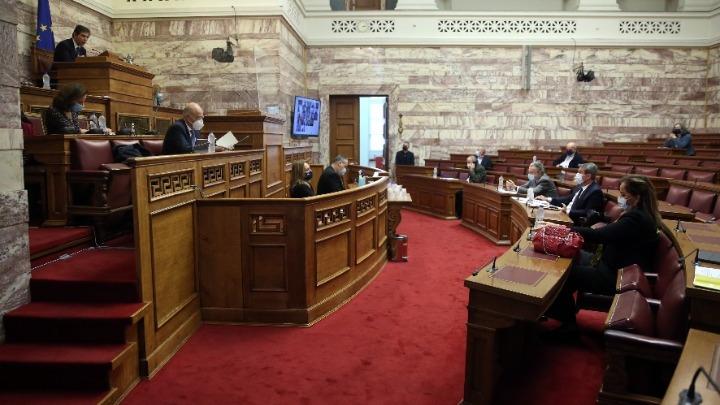 Εγκρίθηκε σε κλίμα συναίνεσης το νομοσχέδιο για τα 12 μίλια στο Ιόνιο