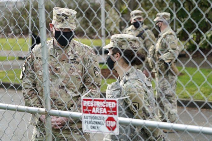 Ένοπλος συνελήφθη κοντά στο Καπιτώλιο – Φρούριο η Ουάσιγκτον
