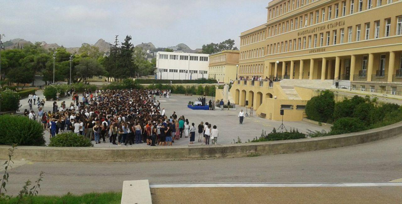 Αρσάκειο:  285 απόφοιτοι επιβεβαιώνουν τις καταγγελίες για σεξουαλική βία κατά μαθητών από καθηγητές και καθηγήτριες