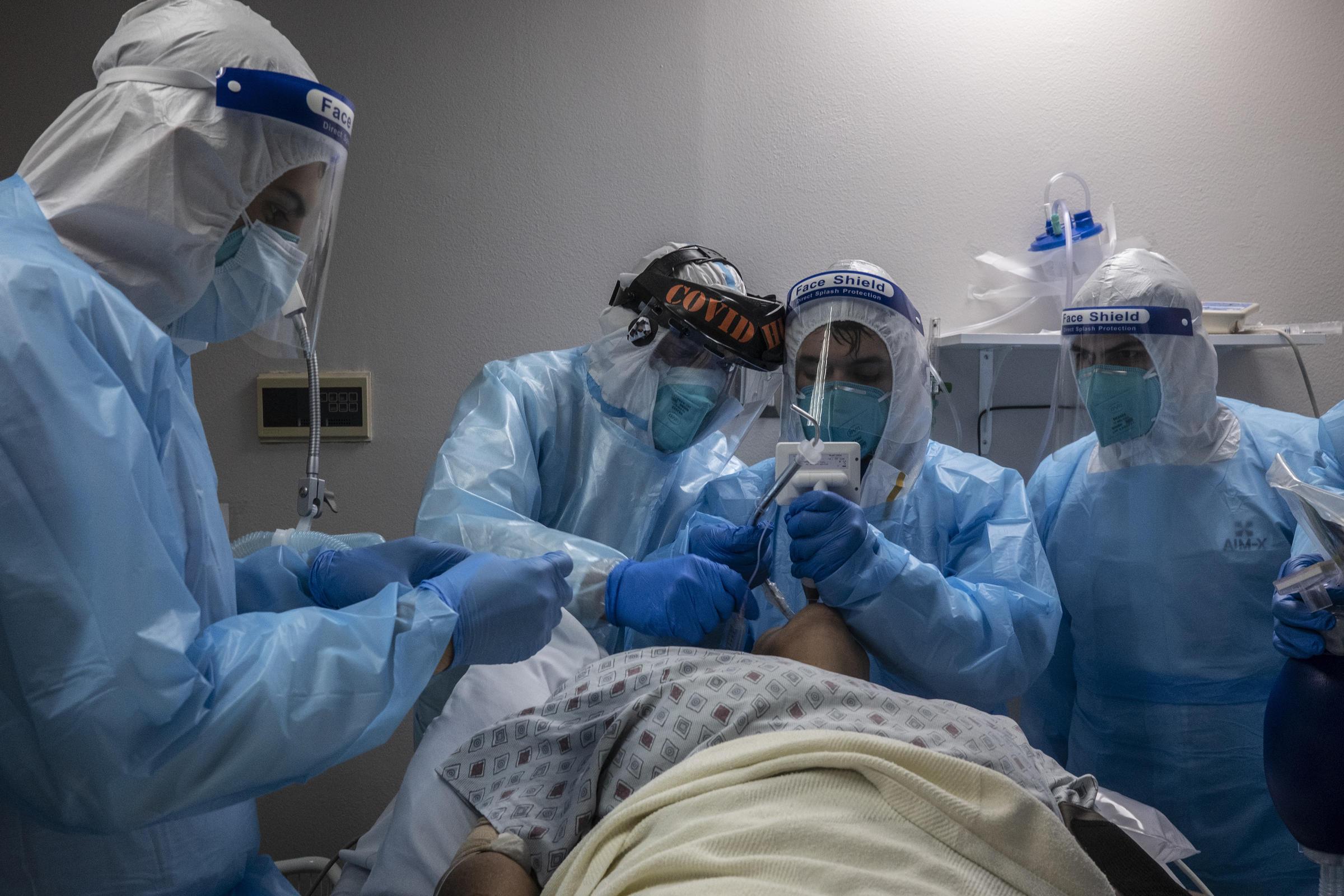 ΠΟΕΔΗΝ: Εκκενώνεται το νοσοκομείο «Ερυθρός Σταυρός» – Μόνο ασθενείς με κορονοϊό θα νοσηλεύει