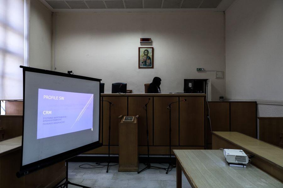 Ηχογράφηση του συνόλου των δικαστικών διαδικασιών ζητούν οι δικηγόροι