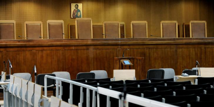 """Η """"γυναίκα- αράχνη"""" στο Εφετείο: Βαριές ποινές επιδίκασε σε αυτήν και τους συνεργούς της για τη δολοφονία ενεχυροδανειστή στη Δάφνη"""