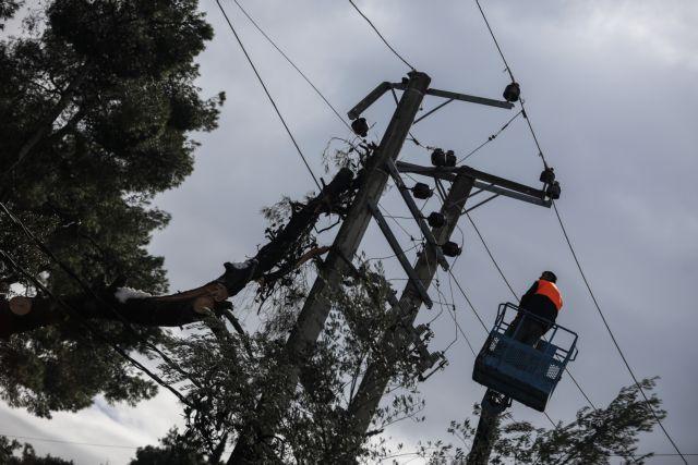 Εξώδικα στον ΔΕΔΔΗΕ έστειλαν Δήμοι που έμειναν χωρίς ρεύμα για ημέρες