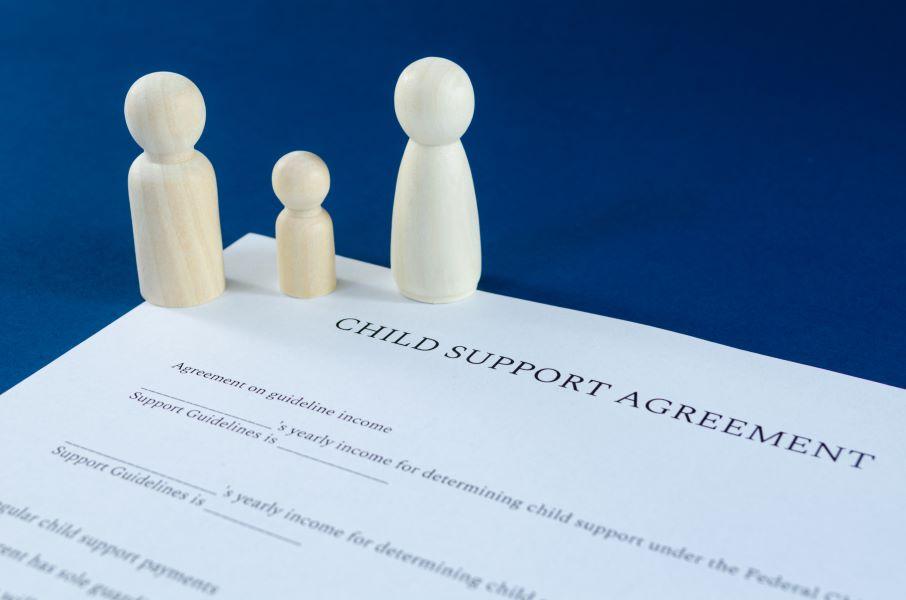 Αποκάλυψη: Αυτή είναι η πρόταση της Επιτροπής των Δικηγόρων για τη συνεπιμέλεια – Οι διαφωνίες για το 1/3 του χρόνου επικοινωνίας