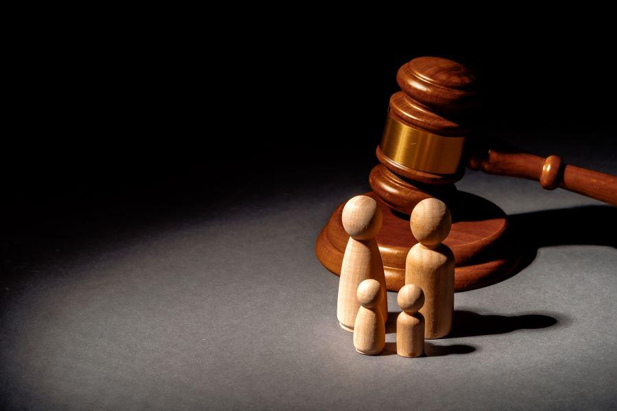 Η θέση των δικηγόρων για την συνεπιμέλεια: Αναγκαία μεταρρύθμιση με επιμέρους διαφωνίες
