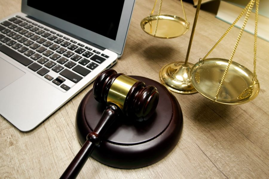 e-ψηφοφορία για τους συμβολαιογράφους: Επανάληψη αρχαιρεσιών αποφάσισε το Δικαστήριο