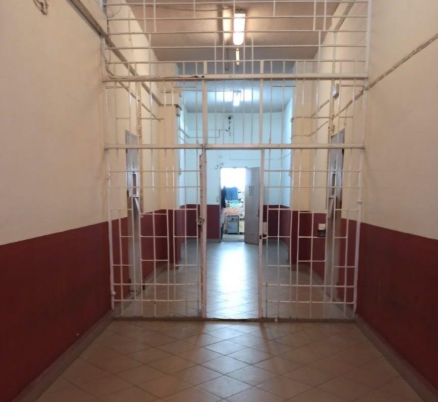 Αποκάλυψη: Αυτός είναι ο χώρος που κρατείται ο Δημήτρης Λιγνάδης – ΦΩΤΟ