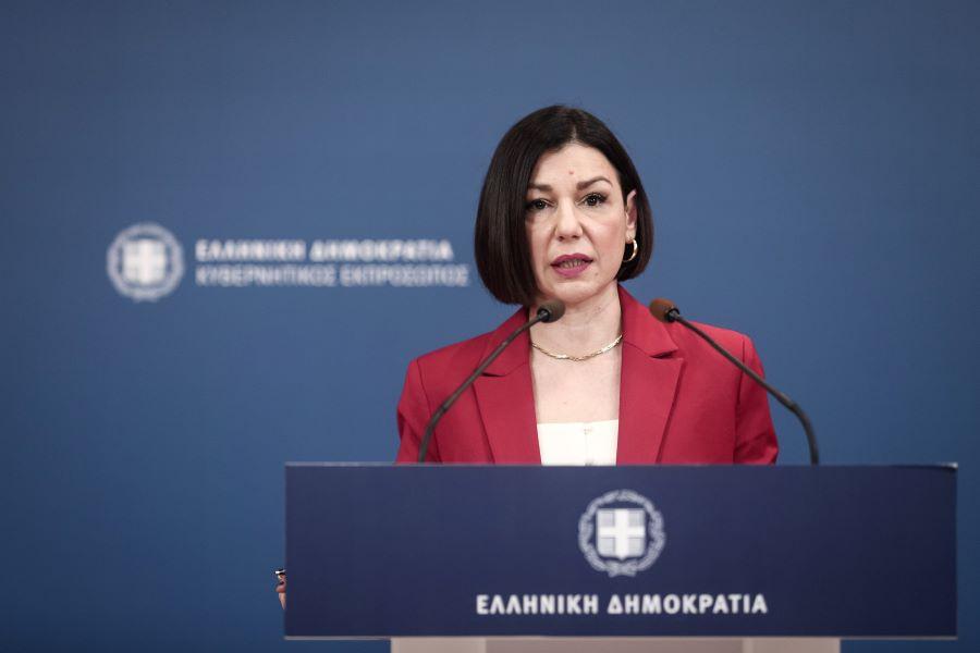 """Α. Πελώνη: """" Ο ΣΥΡΙΖΑ καλεί σε 31 συγκεντρώσεις υποσκάπτοντας τις άμυνες της κοινωνίας"""" – ΣΥΡΙΖΑ: """" Έστω για μια φορά αναλάβετε τις ευθύνες σας"""""""