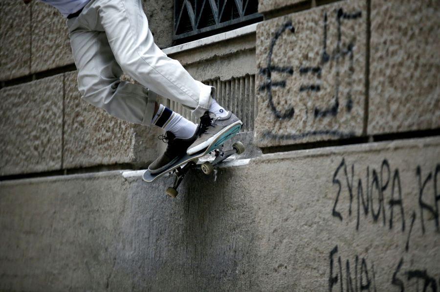 Κρήτη: 12 μήνες με αναστολή στον νεαρό που χτύπησε αστυνομικό με το skateboard στο κεφάλι – Θα τον παρακολουθεί κοινωνικός λειτουργός