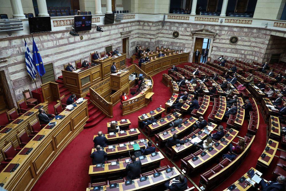 Κ. Μητσοτάκης: Κύριε Τσίπρα θα αποδείξετε επιτέλους πως Τσίπρας και Πολάκης δεν είναι το ίδιο; -Τσίπρας: Είχατε την ευκαιρία νααναλάβετε στοιχειώδη πολιτική ευθύνη, δεν το πράξατε