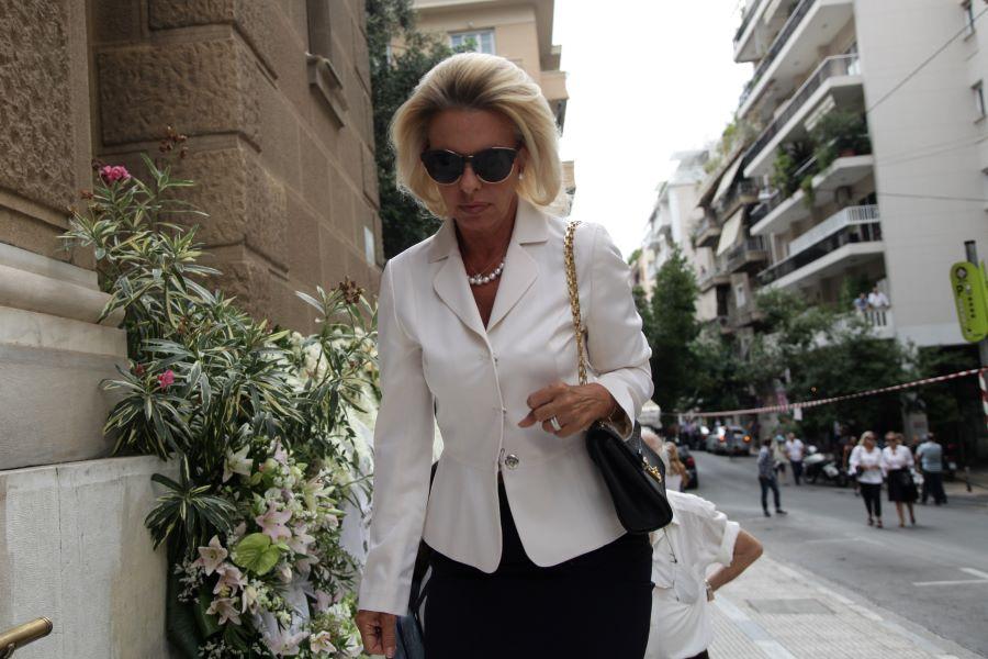 Η ευρωβουλευτής της ΝΔ, Ελίζα Βόζεμπεργκ ζητεί την παραίτηση της Λίνας Μενδώνη – ΗΧΗΤΙΚΟ