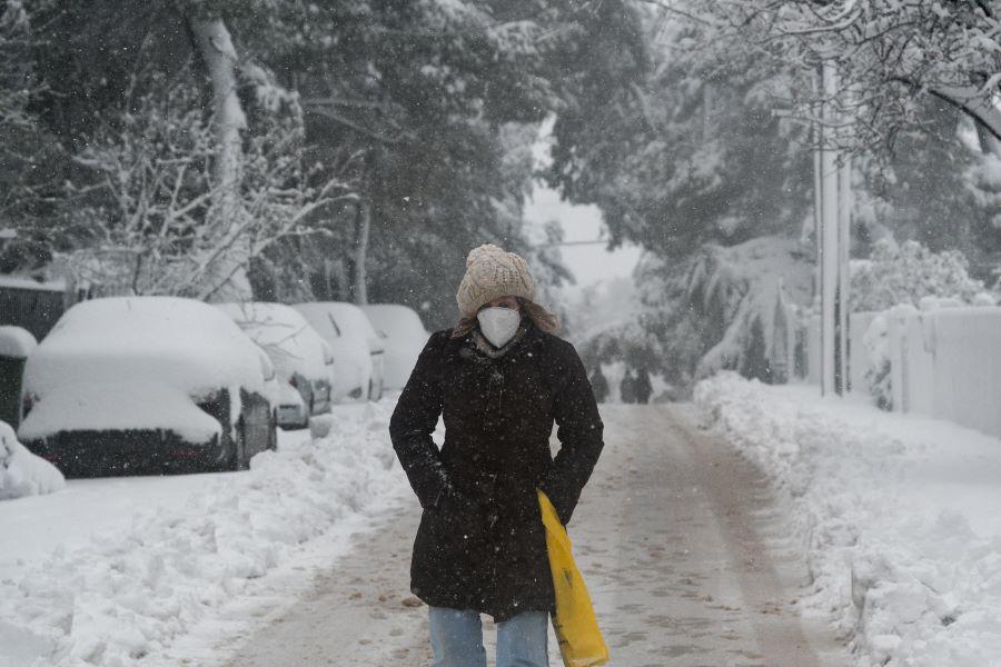ΠΡΟΣΟΧΗ: Εντείνεται η χιονόπτωση τις επόμενες ώρες στην Αττική – Νέο έκτακτο δελτίο από την ΕΜΥ – ΒΙΝΤΕΟ