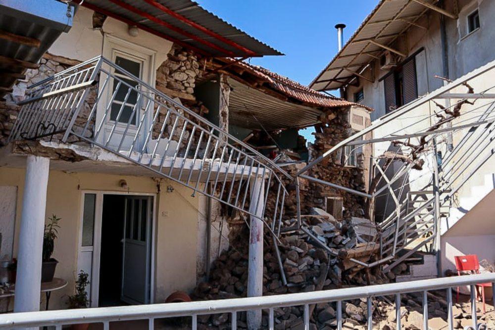 Σεισμός στην Ελασσόνα: Από το 1766 είχε να σημειωθεί τόσο ισχυρή δόνηση στην περιοχή  – Στήνονται σκηνές