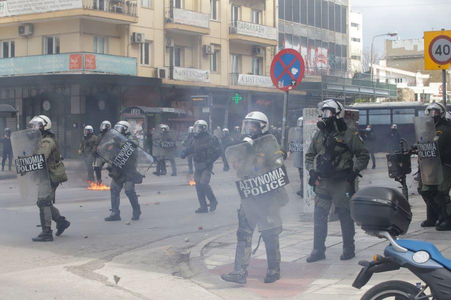 Ανακοίνωση Υπ. Προστασίας του Πολίτη: 42 αλήθειες για την Αστυνομική αυθαιρεσία και υπέρμετρη βία