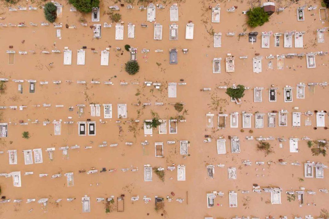 Σάλος στην Καρδίτσα: Προϊόντα για τους πλημμυροπαθείς του Ιανού σε σπίτι αντιδημάρχου