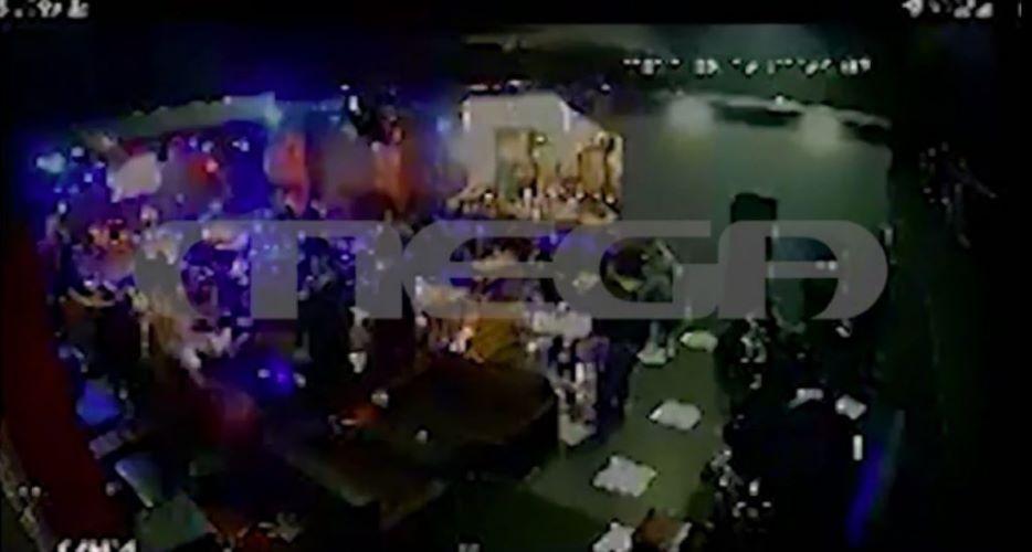 Ντοκουμέντο: Έτσι ξεφάντωναν στο κορονο-γλέντι του νυχτερινού κέντρου της Λιοσίων – ΒΙΝΤΕΟ