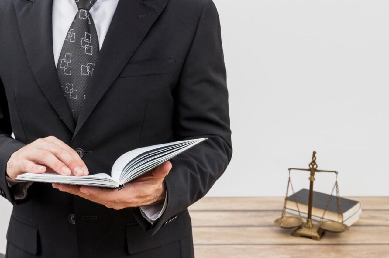 Με προσφυγές προειδοποιούν οι δικηγόροι για την ένταξη στο ΓΕΜΗ